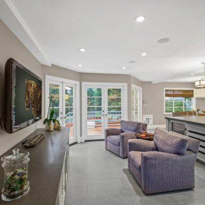 Interior S Westgate Ave Los Angeles